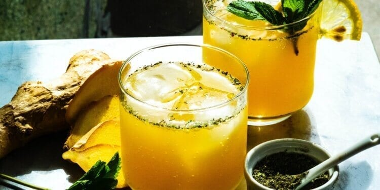 Turmeric and Ginger Tropical Smoothie