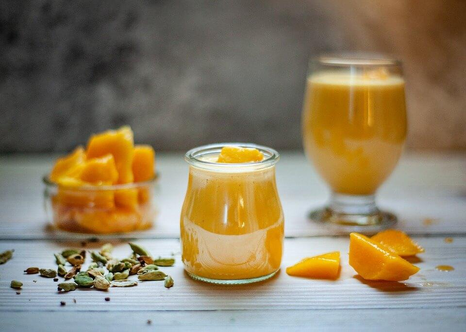 healthy-mango-smoothie