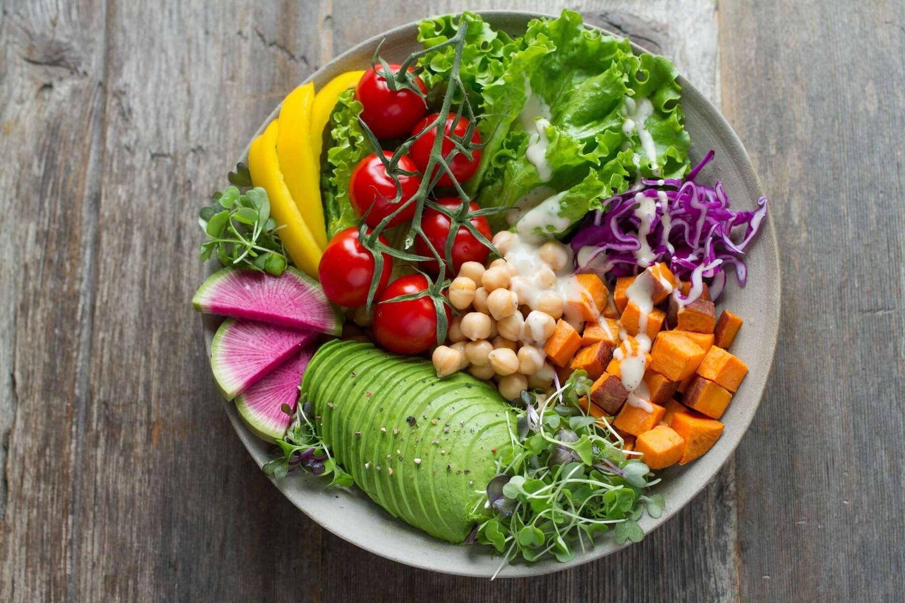 healthy-chickpea-salad